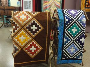 Signature Quilts.  Which one is Joyce's?